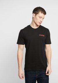 Cotton On - ART - T-shirt imprimé - black/traditional ramen - 0
