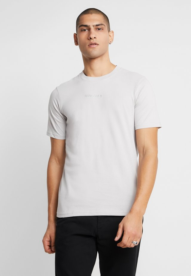 TBAR URBAN - T-shirt basic - smoke/hungover