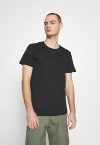 Cotton On - ESSENTIAL TEE 3 PACK - Jednoduché triko - black - 1