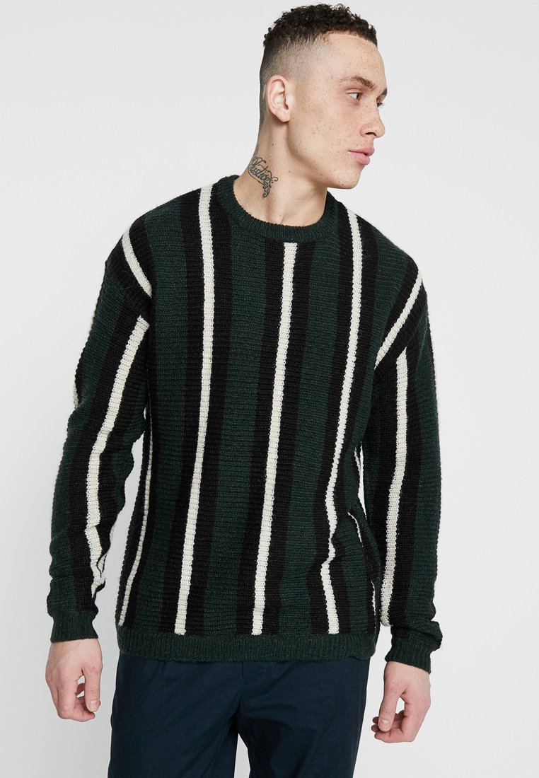 Cotton On - BOX CREW - Strickpullover - green/black