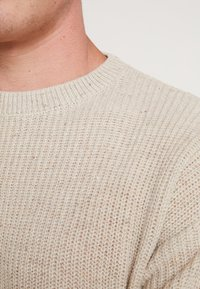 Cotton On - BOX CREW - Maglione - natural nep - 4