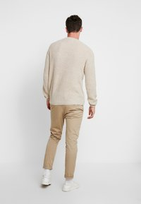 Cotton On - BOX CREW - Maglione - natural nep - 2