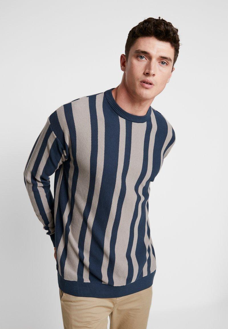 Cotton On - LIGHTWEIGHT CREW - Strickpullover - blue stripe