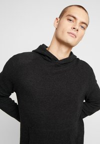 Cotton On - NU HOODED WAFFLE KNIT - Neule - black marle - 3