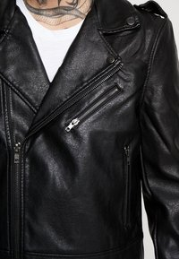 Cotton On - BIKER JACKET - Faux leather jacket - black - 6