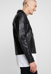 Cotton On - BIKER JACKET - Faux leather jacket - black - 4