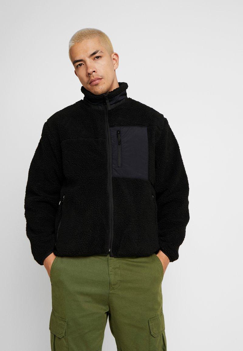 Cotton On - TECH TEDDY ZIP THRU - Lett jakke - black