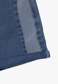 Cotton On - TEEN GIRLS - Shorts vaqueros - indigo - 2