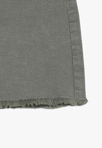 Cotton On - FINN SKIRT - Jupe en jean - silver sage - 2