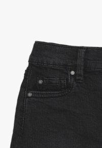 Cotton On - FINN SKIRT - Denimová sukně - washed black - 4