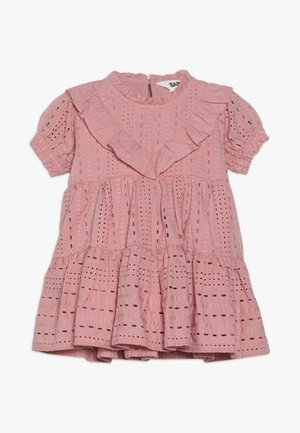 LAYLA FLUTTER SLEEVE DRESS BABY - Cocktailjurk - sweet blush