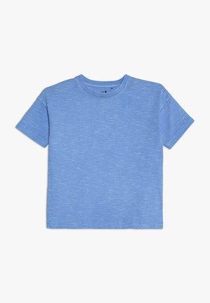 KIDS PENELOPE LOOSE FIT - Triko spotiskem - light blue