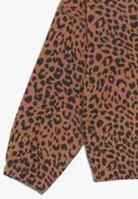 Cotton On - SUVI CROP HOODIE - Hoodie - amber brown - 2