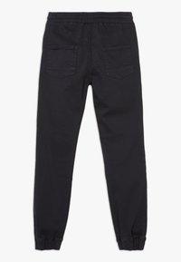 Cotton On - CHAD JOGGER - Kalhoty - phantom - 1