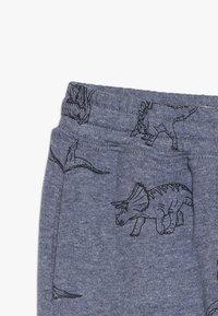 Cotton On - LEWIS TRACKPANT - Teplákové kalhoty - denim marle - 4