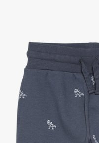 Cotton On - LEO TRACKPANT - Pantaloni sportivi - vintage navy - 4