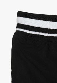 Cotton On - TEEN BOYS - Teplákové kalhoty - black - 2