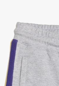 Cotton On - KIDS HENRY SLOUCH - Träningsbyxor - light grey marle - 3