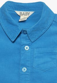 Cotton On - MACK SHORT SLEEVE BABY - Koszula - water raceway - 4