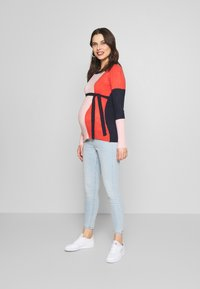 Cotton On - MATERNITY GRAZER - Jeans Tapered Fit - brooklyn blue - 1