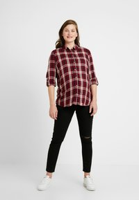 Cotton On - MATERNITY GRAZER - Jeans Tapered Fit - black - 1