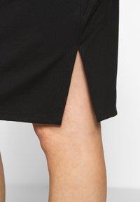 Cotton On - MATERNITY GATHERED SIDE SPLIT SKIRT - Pencil skirt - black - 4