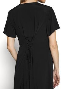 Cotton On - MATERNITY BUTTON FRONT MIDI DRESS - Jersey dress - black - 5