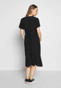 Cotton On - MATERNITY BUTTON FRONT MIDI DRESS - Jersey dress - black - 2