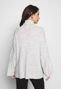 Cotton On - MATERNITY SLOUCHY ROLL NECK - Jersey de punto - silver marle - 2