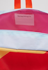 Cotton On - SCHOOL BACKPACK - Batoh - happy being - 5