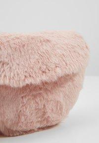 Cotton On - CROSSBODY SADDLE BAG - Umhängetasche - pink - 2