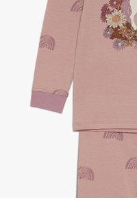 Cotton On - KIDS RUBY LONG SLEEVE UNICORN PYJAMA - Pyjama - rose - 4