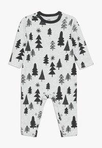 Cotton On - THE LONG SLEEVE SNAP ROMPER - Pyjama - cloud marle - 0