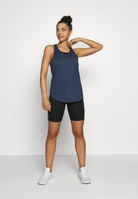 Cotton On Body - TRAINING TANK - T-shirt de sport - dark indigo marle - 1