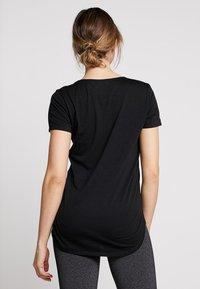 Cotton On Body - GYM - Basic T-shirt - black - 2