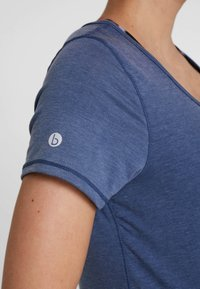 Cotton On Body - MATERNITY GYM TEE - Jednoduché triko - steel blue marle - 5