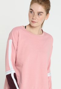 Cotton On Body - LONG SLEEVE TERRY CREW - Sweatshirt - meringue - 3