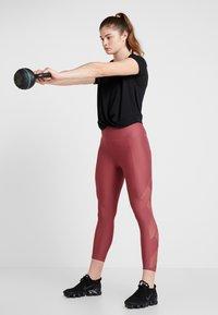 Cotton On Body - TWIST FRONT ACTIVE - T-shirt print - black - 1