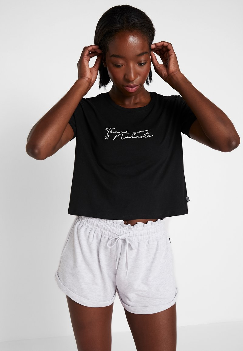 Cotton On Body - ACTIVE PLACEMENT - Camiseta estampada - black