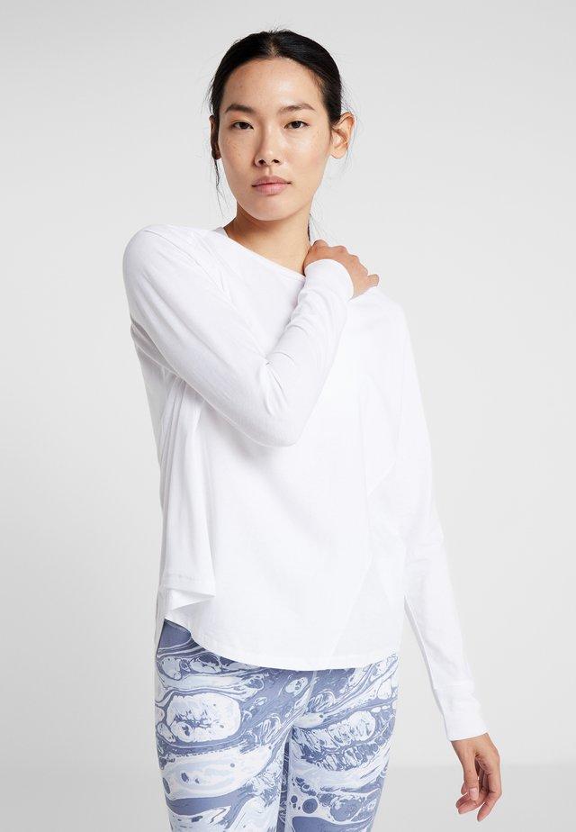 ACTIVE LONGSLEEVE  - Bluzka z długim rękawem - white