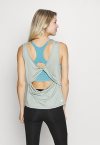 Cotton On Body - TWIST BACK TANK - Top - aloe - 2