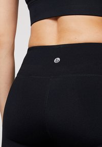 Cotton On Body - ACTIVE CORE - Leggings - black - 4