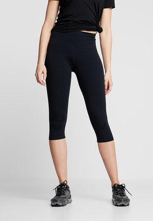ACTIVE CORE CAPRI - Pantaloncini 3/4 - black