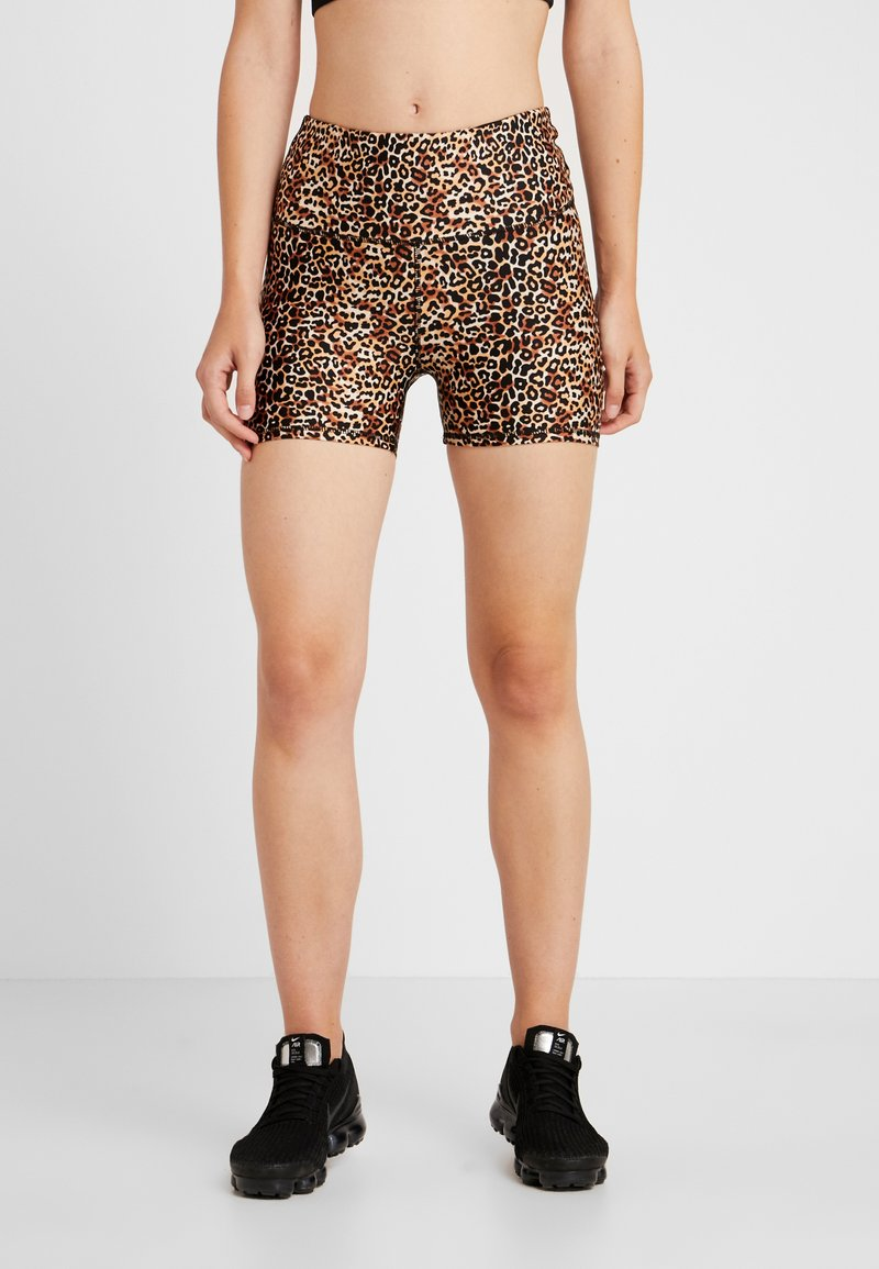 Cotton On Body - HIGHWAISTED GYM SHORT - Tights - brown
