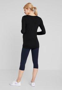 Cotton On Body - MATERNITY CORE CAPRI - 3/4 sports trousers - navy - 2