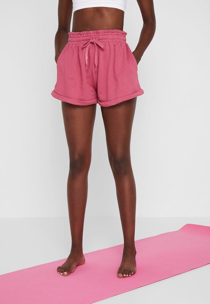 Cotton On Body - WALK SHORT - kurze Sporthose - rose sangria