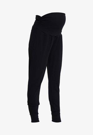 DROP CROTCH STUDIO PANT - Tracksuit bottoms - black