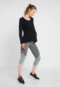 Cotton On Body - MATERNITY SO SOFT  - Leggings - khaki marle - 1