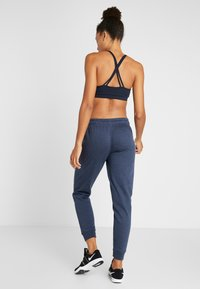 Cotton On Body - GYM TRACKPANT - Pantalones deportivos - midnight marle - 2