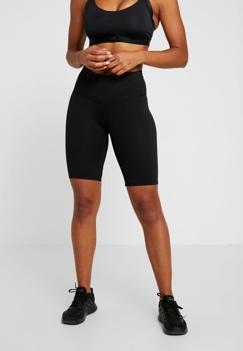 Cotton On Body - HIGHWAISTED MID LENGTH BIKE SHORT - Punčochy - black